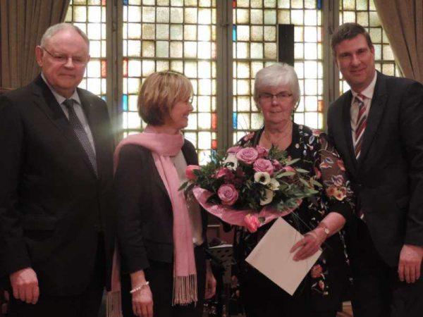 Auszeichnung für Annegret Meyer