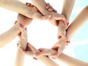 Ring aus Händen