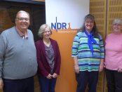 Vier Personen im NDR-Studio