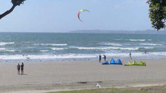 Sonnenschutz Menschen am Strand
